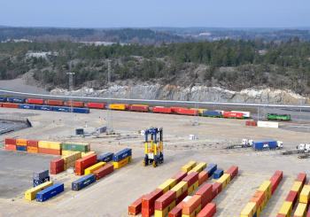 New east-west Sweden container rail shuttle