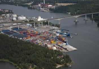 The Port of Södertälje and APM Terminals Gothenburg team up